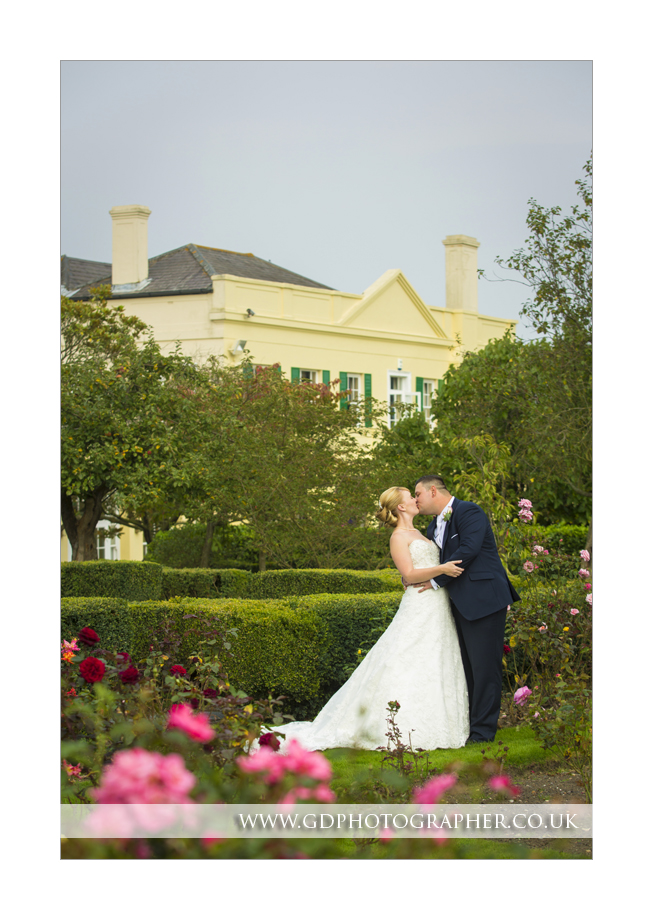 Professional wedding photographer at The Lawn (12)