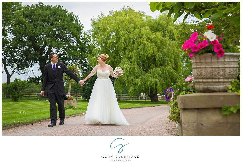 The Lawn Rochford Essex Wedding Photographer