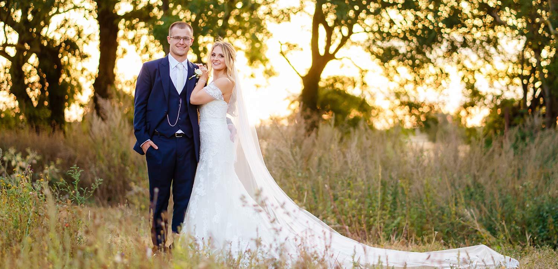 wedding-photographer-at-Apton-Hall
